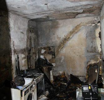 27.07.2012 Feuer mit Menschenleben in Gefahr